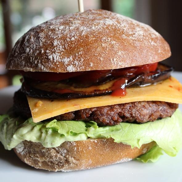Burger mit Brioche-Bun (2)