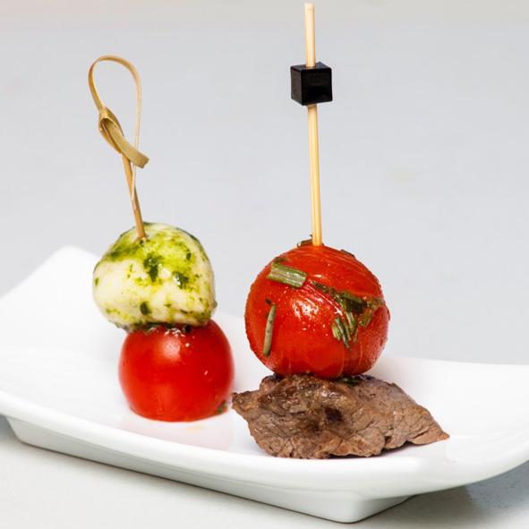 Rinderfiletwuerfel + Tomate-Mozzarella