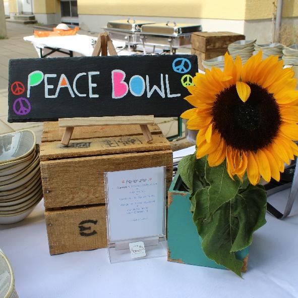 kl. Bowl Schild Peace